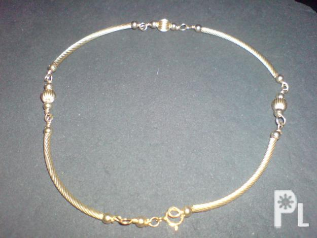 10kswarovsky bracelet with 10k gold