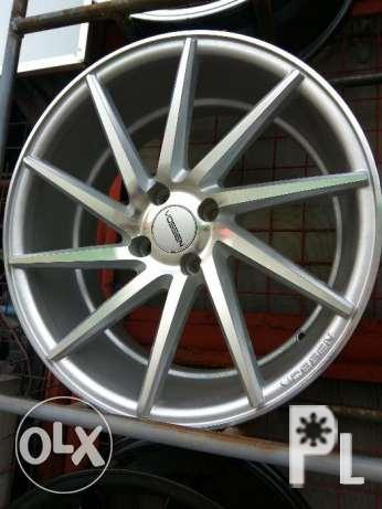 17 inch Vossen mags 4x100 114pcd BNEW Mags