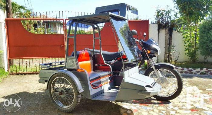 1 Month Old Honda Motorcycle with Sidecar for Sale in