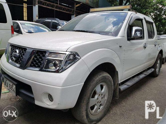 Image gallery for 2014 Nissan Frontier Navara LE 4x2 25L