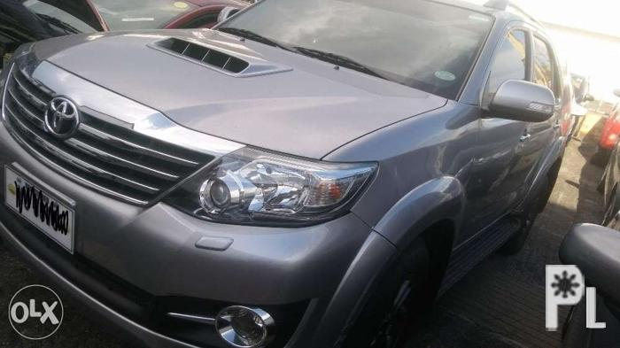 2015 toyota fortuner 2.5 V automatic