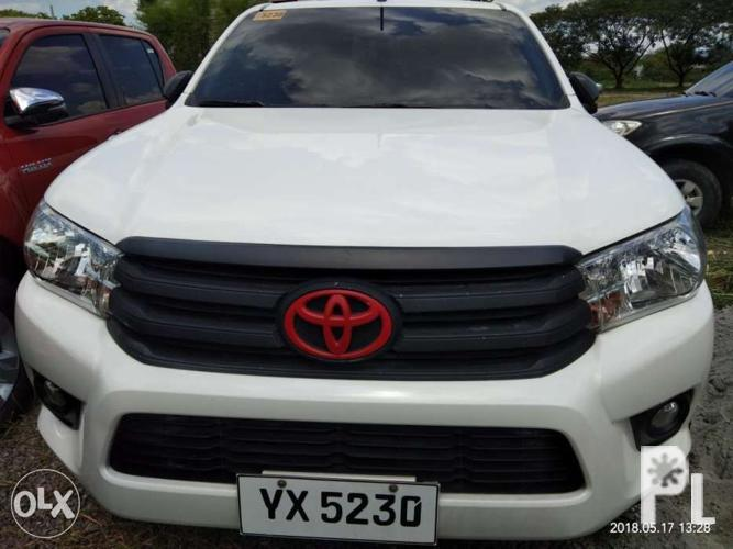 2016 Toyota hilux 4x2 G automatic WHITE