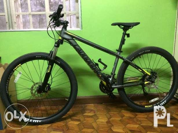 469a77189b9 2017 Cannondale Catalyst 1 27.5 Small Mountain Bike for Sale in ...