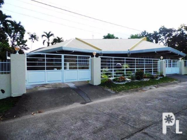 4 bedroom House and Lot for Sale in Angeles City for Sale