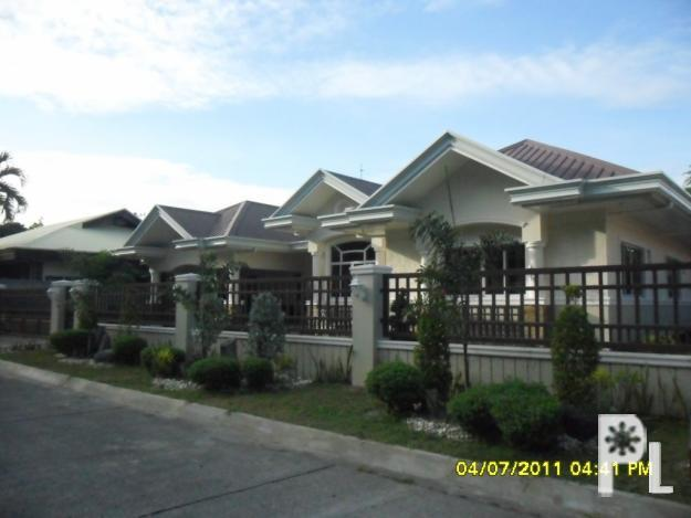600sqm bungalow house with 5 bedrooms 6 bathrooms 4 car for 6 car garage homes for sale