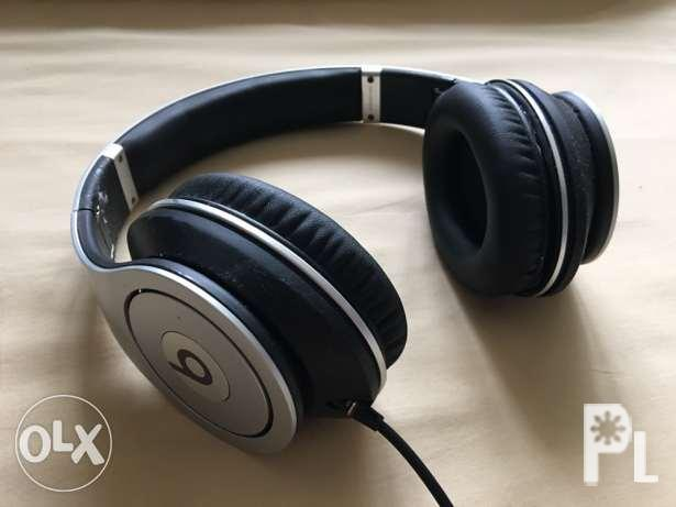 Authentic Beats by Dr  Dre Studio (Silver) for Sale in