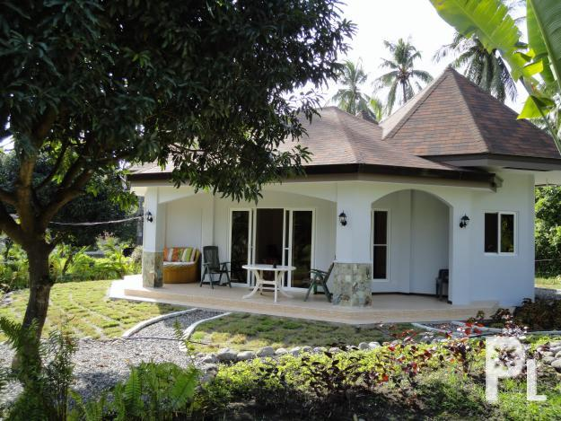 beautiful 2 bedroom beachfront resort villa house for rent for sale in