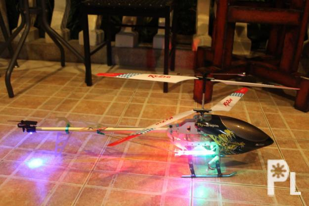 Brand New 1 meter long R/C Helicopter with built in