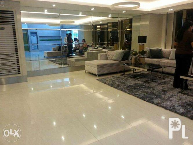 Condo units for rent in grass residences quezon city for for Cocktail tables for rent quezon city