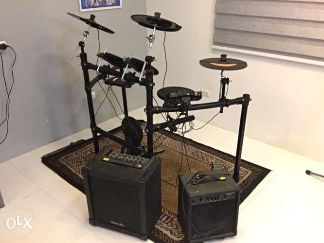 Electric Drums with Amplifiers (SET)