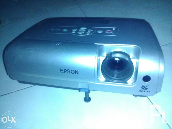 Epson projector for sale