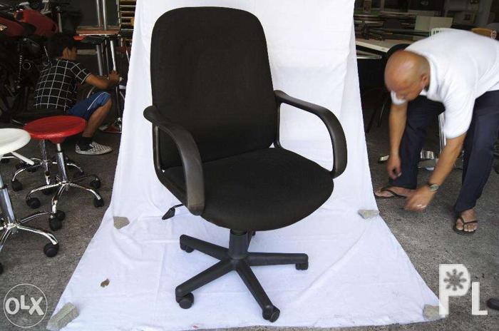 Ergodynamic Office Furniture Table Fabric Office Chair Mbc 143 For Sale In Manila National