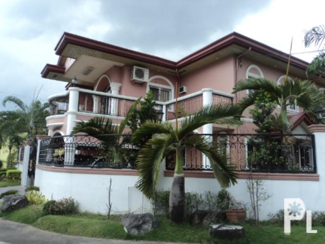 For sale very nice house in angeles city pampanga near for Very big houses for sale