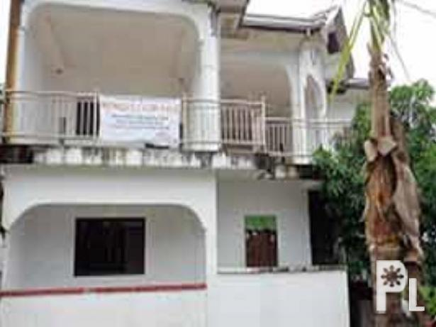Foreclosed House and Lot in Valenzuela City for Sale in
