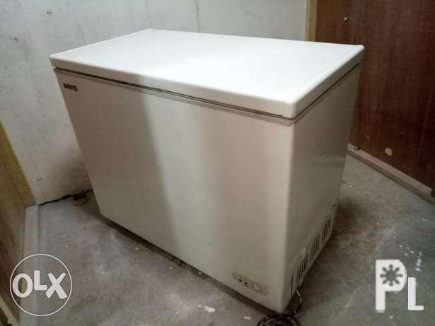 Freezer Chest Type Sanyo 9 Cubic Good Cooling Ready To