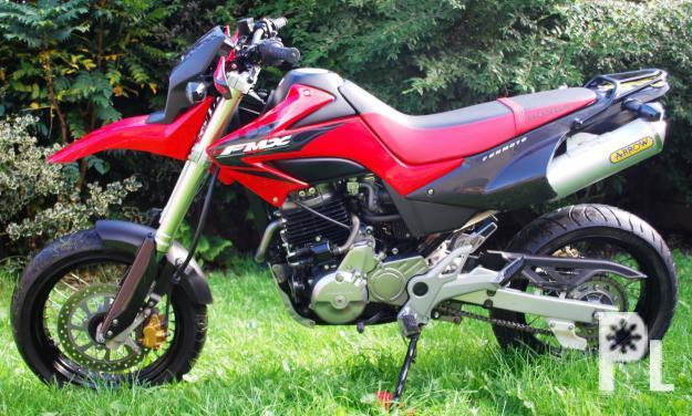 honda supermotard fmx 650 for sale in datu paglas. Black Bedroom Furniture Sets. Home Design Ideas