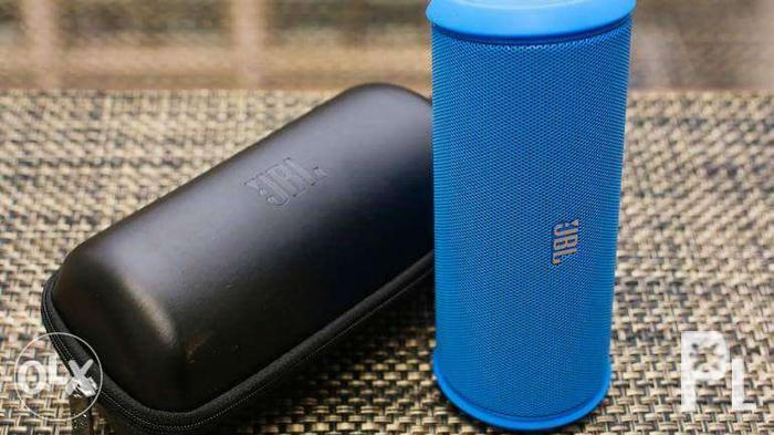 cabf69f4a6c JBL Portable Wireless Speaker flip Ii Speaker (Blue) for Sale in ...