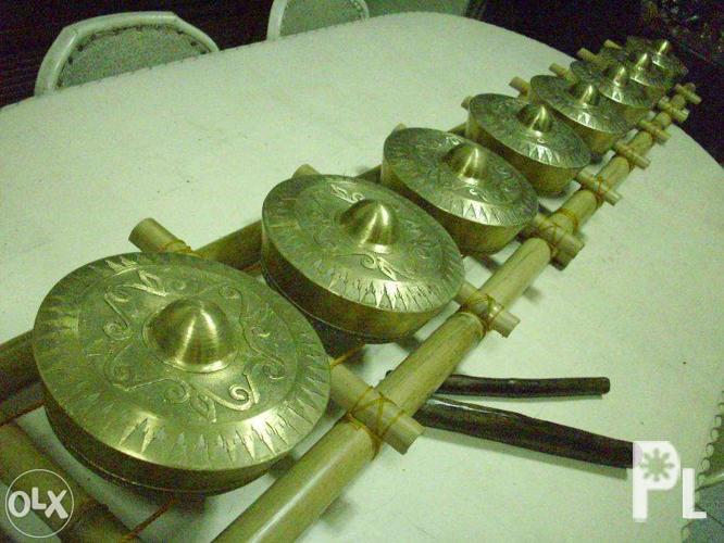 kulintang musical instrument of the philippines In the philippines there  sets of graduated gongs laid in a row called the kulintang  the forgoing listing of philippine musical instruments has been.