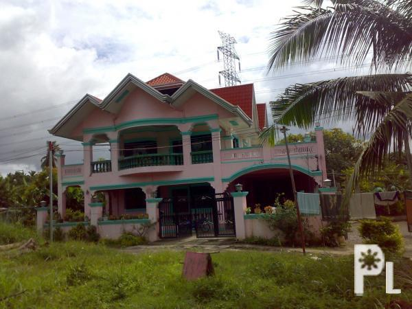 Lavish house in batangas phils for sale going cheap for Huge homes for cheap