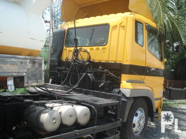 MITSUBISHI FUSO SUPER GREAT 6WHLR TRACTOR HEAD SET WITH