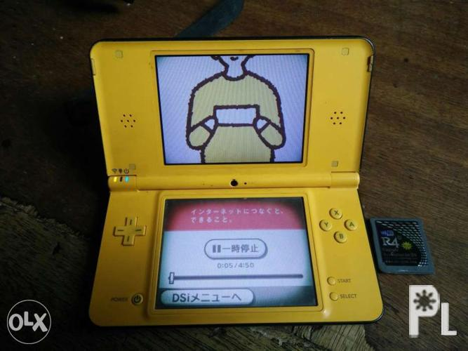 Nintendo ds LL with r4 adapter