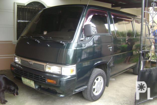 Nissan Urvan (15 seaters)