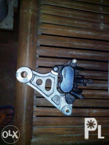 Nissin rear Caliper with Bracket & Pad for Sale in Taytay