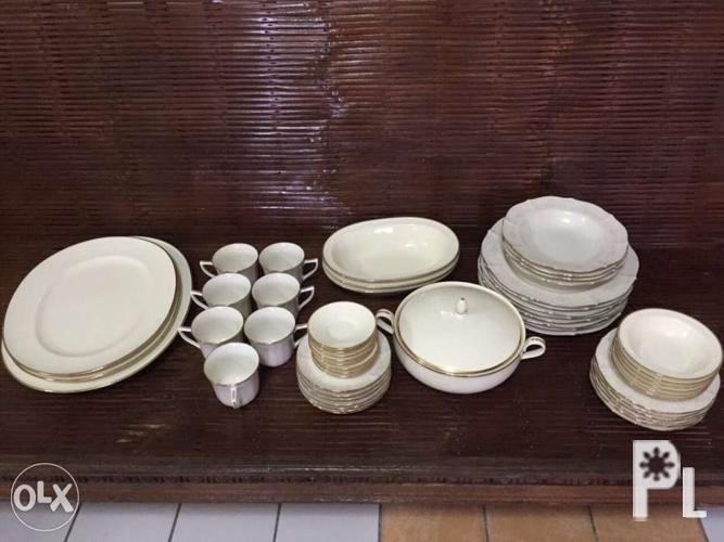Noritake china set (white and gold) for Sale in Marikina