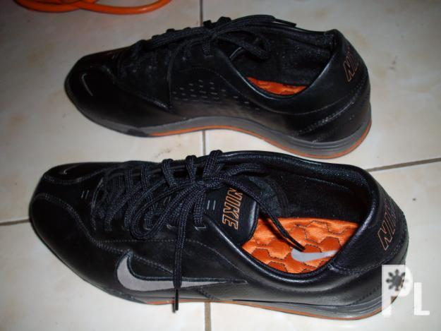original nike shoes size 91/2 swap to mio mags.....txt
