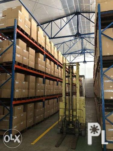 Pallet Space Rental and Logistics Services Warehouse in
