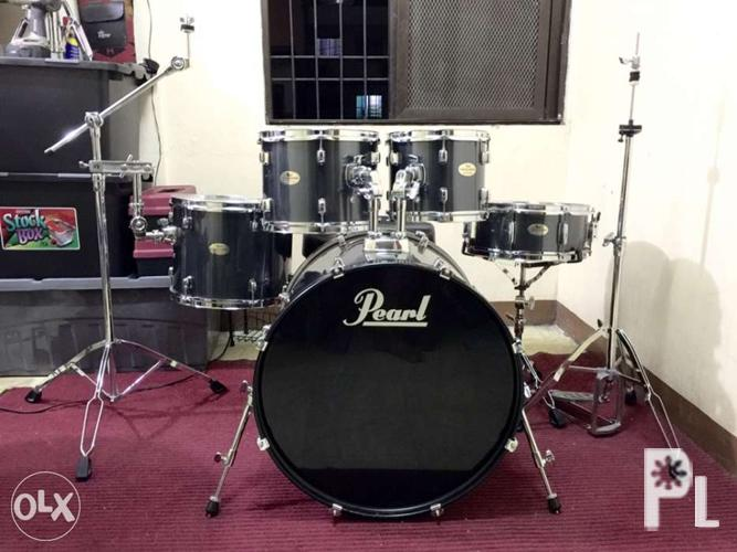 Pearl Forum series 5piece drums and drumsets for Sale in