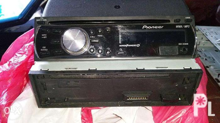 Pioneer deh 2200ub cd receiver with ipod direct control usb for sale pioneer deh 2200ub cd receiver with ipod direct control publicscrutiny Gallery