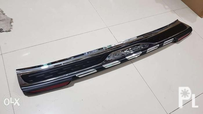 rear step sill or rear bumper guard for fortuner 2016