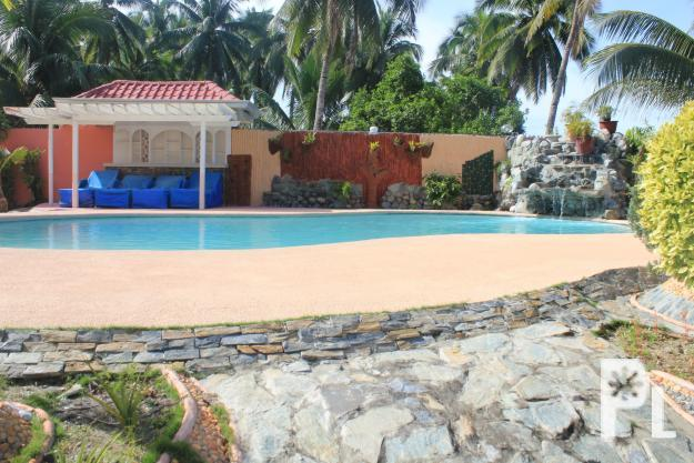 RESORT WITH HOUSE N LOT FOR SALE ? Naawan