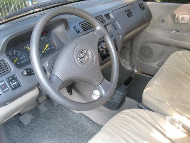 Toyota revo glx diesel 05 mt ? Angeles City