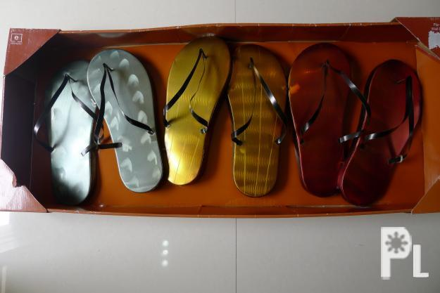Wall decor slipper cagayan de oro city for sale in for Kitchen cabinets 08822