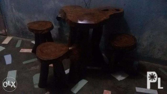 Wood Coffee table set with stools/chairs