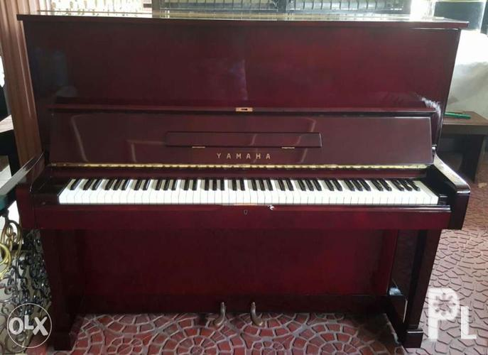 Yamaha U2 Acoustic Upright Piano for Sale in Plaridel