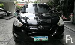 2011 hyundai tucson   4x4 automatic transmission diesel  top of the line new tires low mileage very fresh like new