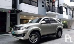 2012 Toyota Fortuner G leather thick tires 70tkms all stock original paint complete manual and spare key