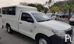 2014 Toyota Hilux FX  Diesel Dual cool aircon All original Like new as seen in the pics