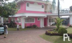 Deskripsiyon Beautiful well-maintained 3-storey house complete with garden and private pool for sale in Ceris II subdivision Canlubang Laguna Philippines, minutes from 36-hole Canlubang Golf Club. YI Homes, Inc. is putting up this property in Canlubang