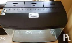 47 Galon curved corner aquarium tank. Dimensions: 33� L x 17� W x 22� H -Flat front and round corner -Complete mechanical and biological filtration system with top filter and pump -Moisture resistant triple fluorescent light fixture with a flip top