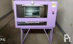 rush sale Bakery oven 2 layers 4 Tray oven Brand new never been used tampered front glass with stand Brand new Rush sale Magsaysay avenue Naga City