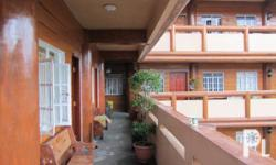 Deskripsiyon Furnished: Oo Mga Kwarto: 1 Mga Banyo: 1 Mga Alagang Hayop: Oo Bayad sa Broker: Hindi Square Meters: 47 Recedencia Transient house is located at Palma St Baguio City. It is walking distance to burnham park,city market, city hall, rizal park,