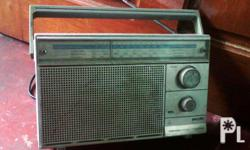 Philips Radio Made in Malaysia in working condition meet ups at Robinson's Place Manila or at Mcdo Pedro Gil LRT Station