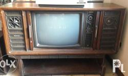 A beautiful vintage tv. very retro, perfect for display!