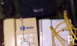 2 telephone 1 wifi router 1 splitter 1Vga cable Good