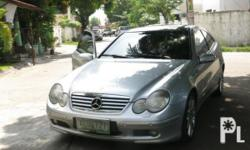 Vehicle Options 2004 Mercedes-Benz C200 Kompressor