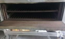 12 tray oven used In good quality For pick up only. The